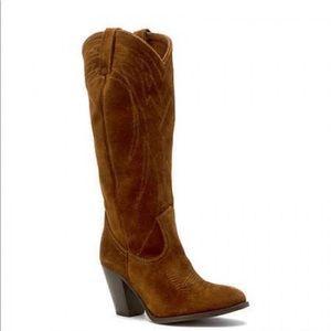 🆕FRYE Ilana Western Suede Heel Boots